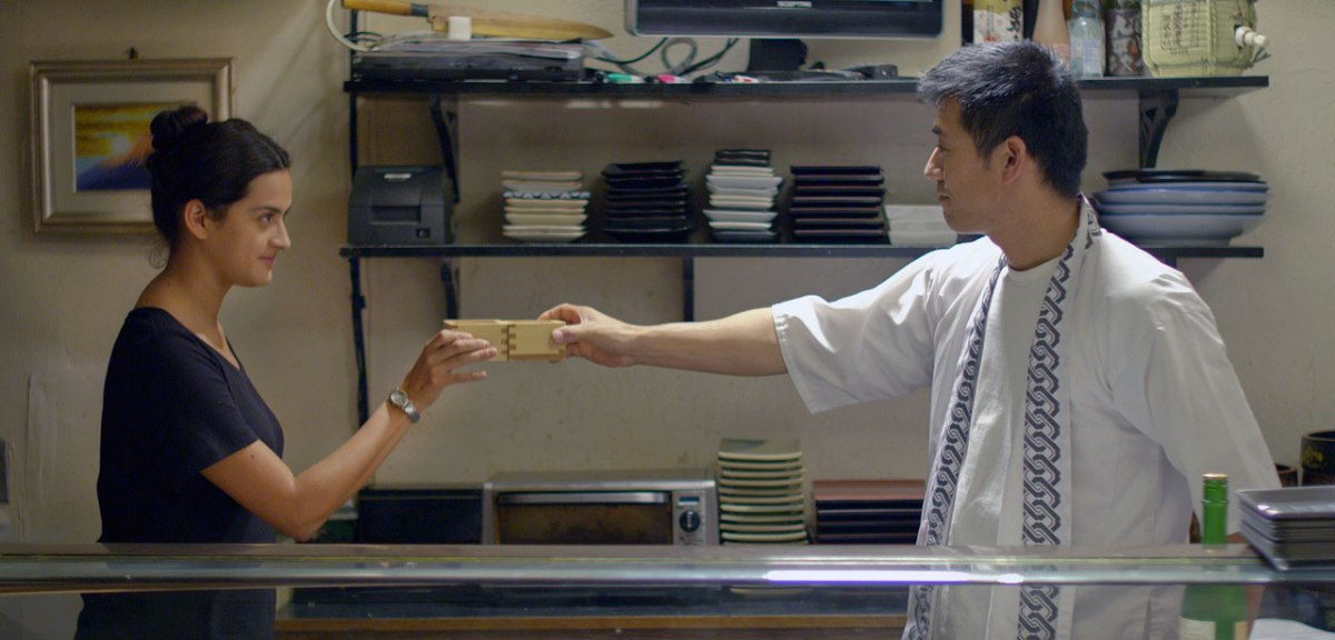 'Sushi a la mexicana': fusión de culturas en las cocinas invisibles de EE.UU.