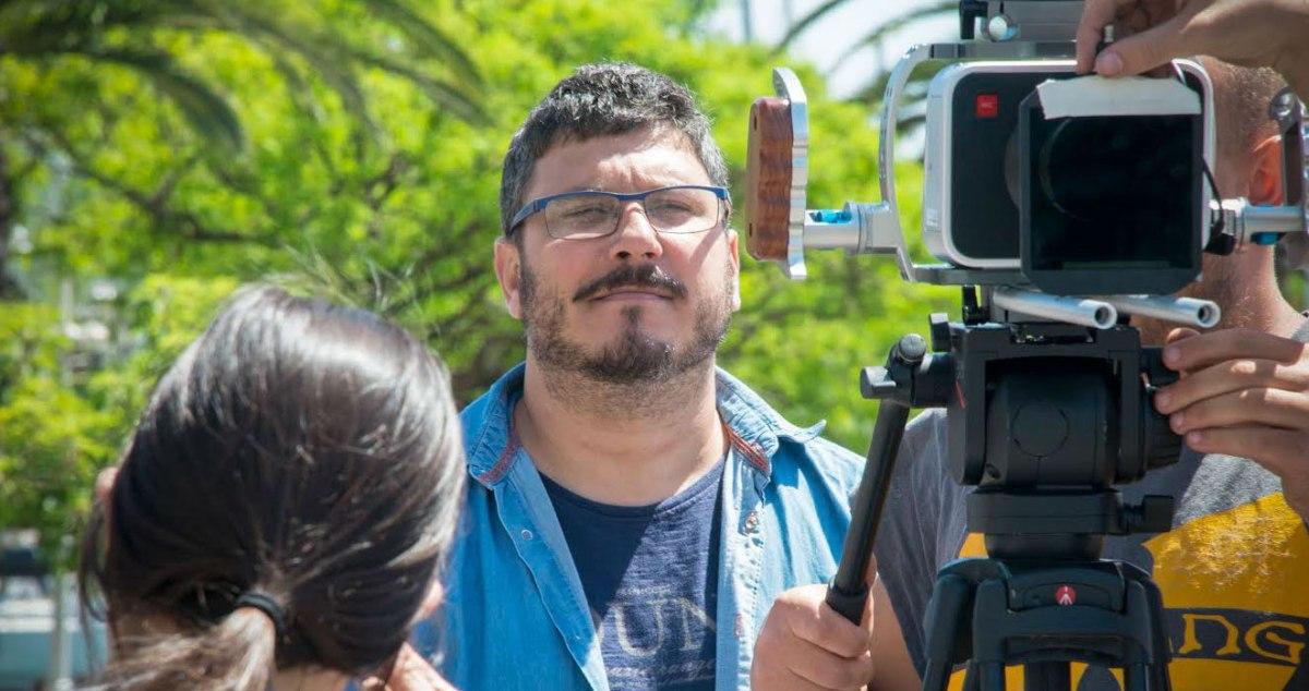Alexis García Pérez: «El humor es la clave de 'Qué se nos perdió en Cuba'»